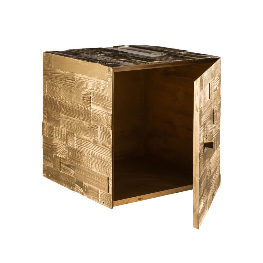 <p>I cubi d'arredo rappresentano una delle punte di diamante di Wood Art Cortina, e il cubo pepita non fa certo eccezione. Un prodotto ricercato che funge da ornamento e complemento d'arredo, impreziosito dalla sua conformazione ispessita che gli conferisce movimento e lo rende unico. La parola Pestuze, in dialetto ampezzano, significa pezzetti. Abbiamo scelto questo [&hellip;]</p>